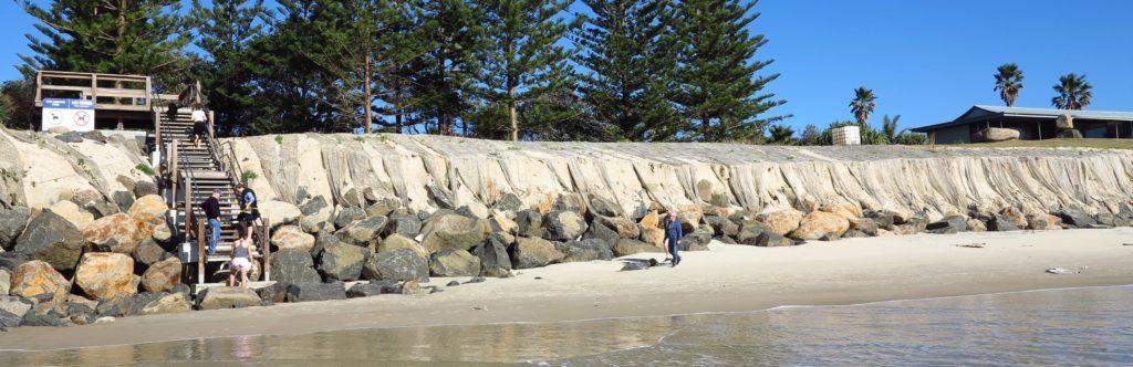 `belongil low tide june 29-2016